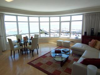Great 2BD apt.in Financial Dis(FSPS3708) - San Francisco vacation rentals