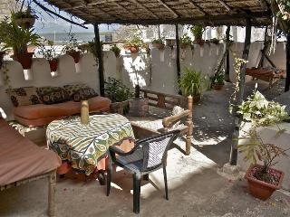 Baitul Noor House - Lamu Backpackers - Lamu vacation rentals