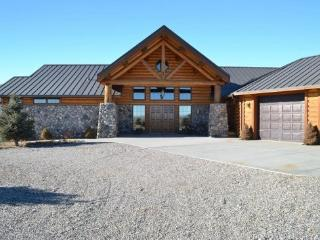 Chief Joseph Retreat - Cody vacation rentals