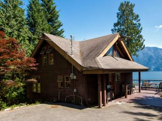 Eaglecliff Waterfront Retreat - Bowen Island vacation rentals