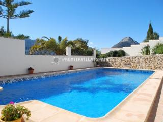 Modern villa with stunning views - Jalon vacation rentals