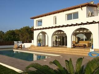 Beautiful mediterranean villa with private pool - Olivella vacation rentals