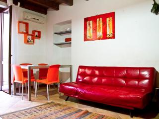 HomeHoliday San Lorenzo in the heart of Palermo - Palermo vacation rentals