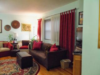 Kosher Kitchen Home away from home - Fort Lee vacation rentals