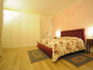 Oriolo Terrace  brand new apartment in Florence - Florence vacation rentals
