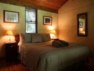 Cottages on the Creek - Kianga vacation rentals