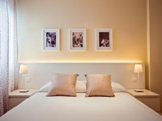 Spacious Modern & Fully Equipped - Madrid vacation rentals