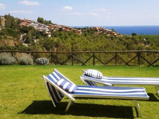 Villetta Sea Dream - fabulous sea view and large garden - Domus de Maria vacation rentals