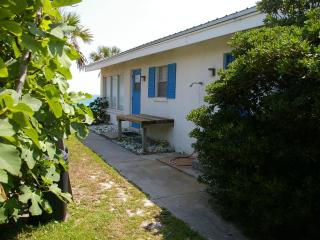Secret beach front home. Huge ocean view - Seacrest vacation rentals