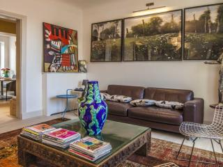 Modern 2 BR in the best part of Biarritz - parking - Biarritz vacation rentals