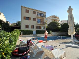 Green paradise apartment with swimming pool - Trogir vacation rentals