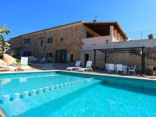 Modern country house in eastern Majorca for  8 people with swimming pool and Internet - ES-1077572-Manacor - Son Macia vacation rentals