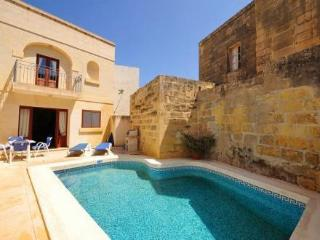 Ta Battista ~ RA36868 - Sanat vacation rentals