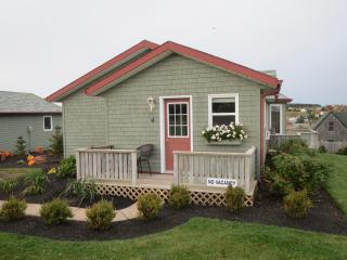 Seawinds Executive Cottage #4 - Rustico vacation rentals