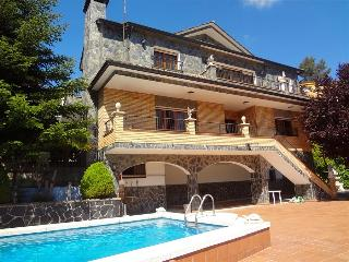 Spectacular 8-bedroom villa just 35km from Barcelona! - Barcelona Province vacation rentals