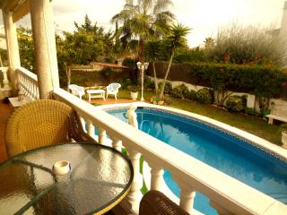 Villa Creixell for 8 people, just 400m from the sandy beaches of Costa Dorada - Creixell vacation rentals