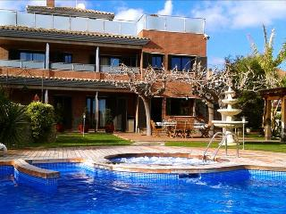 Villa Fantasia - Costa Dorada vacation rentals
