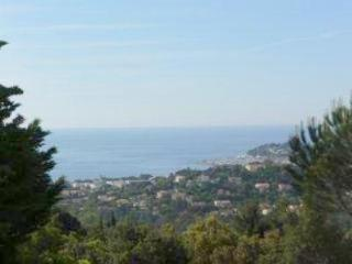 Air-conditioned villa with pool for 12 persons - Cavalaire-Sur-Mer vacation rentals