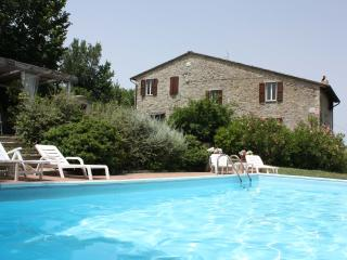 8 sleeps, Private Villa with Pool,Umbria, Perugia - Perugia vacation rentals