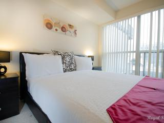 One Bedroom Fully Furnished Apt In North York! Yonge & Sheppard - North York vacation rentals