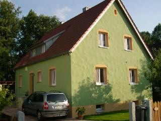 Vacation Apartment in Hirschau - 807 sqft, high standard, comfortable, cozy (# 4938) - Freudenberg vacation rentals