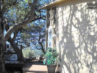 Private Hill Country House w/ Screen Porch & Views - Pipe Creek vacation rentals