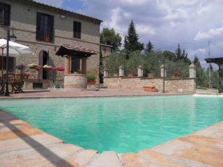Apartment in holiday home in the countryside - Siena vacation rentals