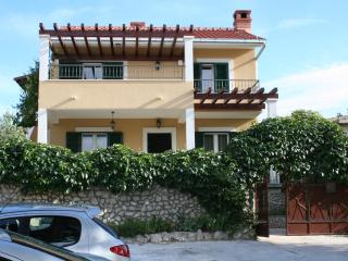 Marta&Tone 1 - the place for relaxing holiday - Northern Dalmatia vacation rentals