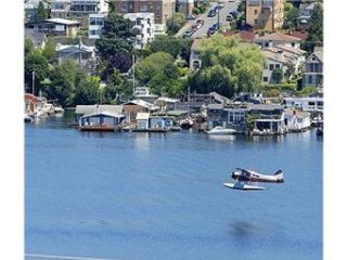 Condo with View of Lake Union and Cascades - Seattle vacation rentals