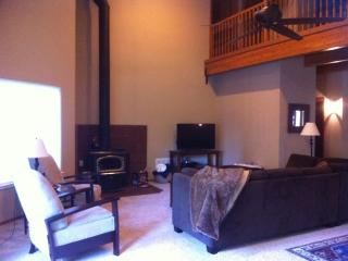 Lake Almanor home away from home - Chester vacation rentals