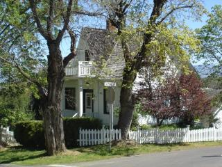 Historic Judge Hanna Vacation Home - Southern Oregon vacation rentals