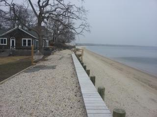 Miami Moons 20 Feet from High Tide - Cutchogue vacation rentals