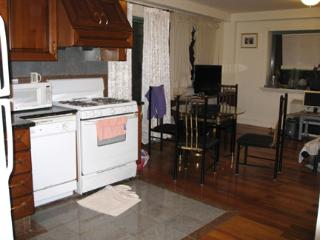 Safe-Convenient- Walk to 7th train & LIRR-Sky view - Flushing vacation rentals