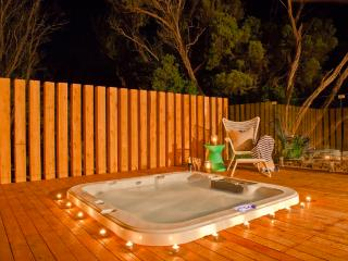 Azure Beach Retreat - Spa Dreaming - Mornington Peninsula vacation rentals