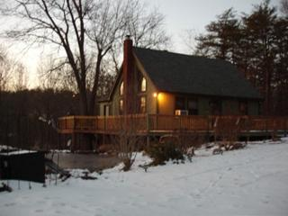 Peaceful, Kid/Pet-Friendly,Luxury Chalet with Wifi - West Virginia vacation rentals