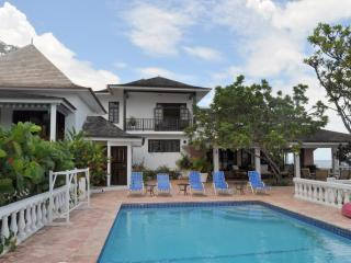 Jasmine Hill at Ocho Rios, Jamaica - Oceanfront, Pool, Walking Distance To Sandals Ocho Rios - Ocho Rios vacation rentals