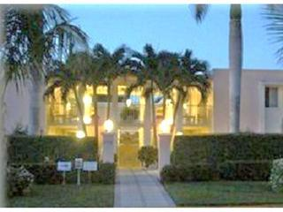 Special 10/5 - 10/15 (10 days) $950 Blk to Beach - Marco Island vacation rentals
