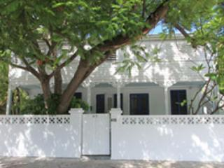 Steps to Duval, Old Town Charm -Grand Bahama Suite - Key West vacation rentals