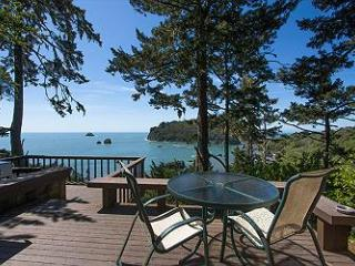 Sea Cliff~ Romantic, Private Retreat Perched Above the Sea! - Trinidad vacation rentals