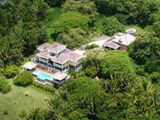 Roatan Island Estate w/ 2 Homes & 2 Pools! - French Harbour vacation rentals