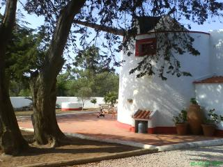 Moinho Azoia; idyllic, rustic mill, equipped for 8 people - Costa de Lisboa vacation rentals