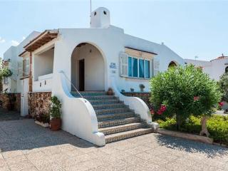 Holiday house for 6 persons near the beach in Colonia de Sant Pere - Colonia Sant Pere vacation rentals