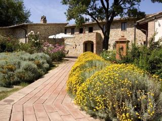 FONTEBILO - Umbria vacation rentals