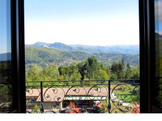 Aquila - Camporgiano vacation rentals