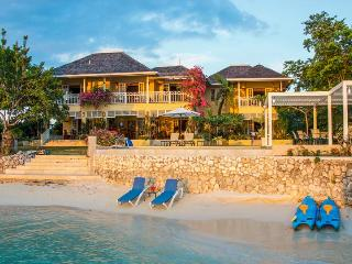Sugar Bay Villa, Discovery Bay, Jamaica - Absolute Waterfront Villa, Pool, Waterfront Gazebo - Discovery Bay vacation rentals