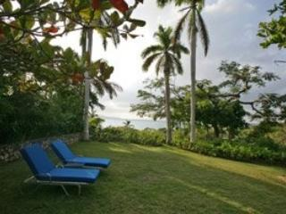 Stylish 2 Bedroom Villa with View in Round Hill - Hope Well vacation rentals