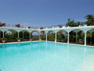 Picturesque 7 Bedroom with Private Pool in Montego Bay - Montego Bay vacation rentals