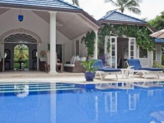 Stylish 4 Bedroom Beachfront Villa in Mustique - Mustique vacation rentals