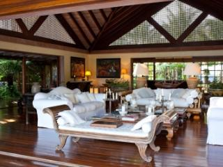 Serene 4 Bedroom Villa with secluded Gazebo in Mustique - Mustique vacation rentals