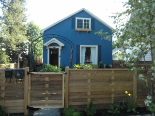 2 Houses for the price of 1! Downtown CDA! - Coeur d'Alene vacation rentals